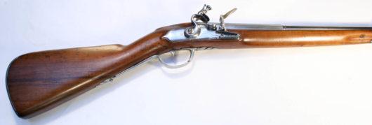 10425 - Long Flintlockrifle