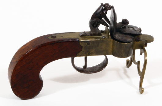 Flintlock Table Lighter