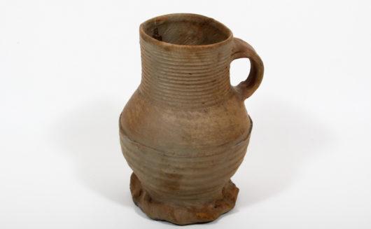 Cylinder neck jar