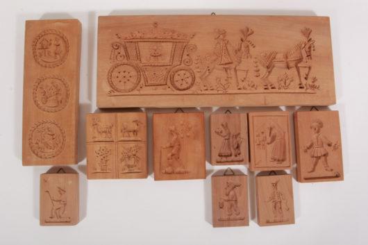 Model fruit wood fairy tale motifs